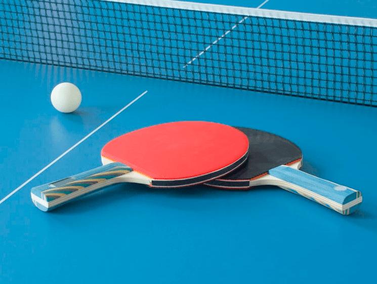 Победители турнира по настольному теннису в колл-центре WOW Corporation